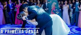 A primeira dança dos noivos é um momento marc...