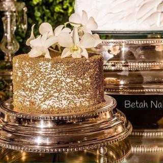 Vintage Cake - Gold Pearl