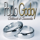 Celebrante Paulo Godoy