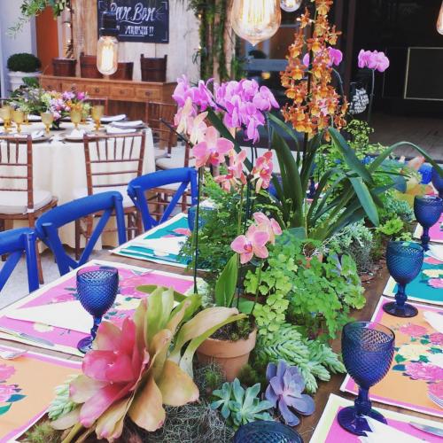 Flores na Mesa dos Convidados