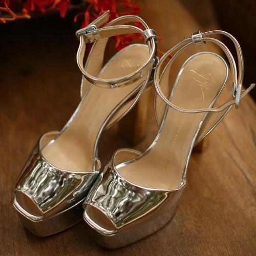 Sapatos Giusepe Zanotti