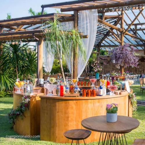 Bar para casamento ao ar livre