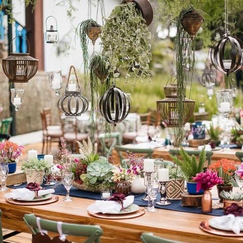 Decor aérea da mesa de convidados