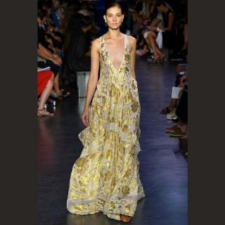 Vestido longo floral dourado