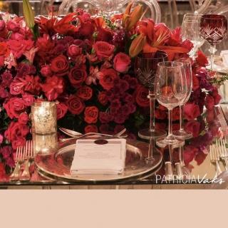 Mesa de Convidado classica vermelha