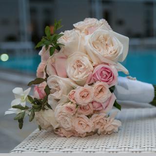 Buquê Estruturado Branco e Rosa