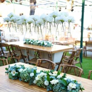 Decoração com flores brancas