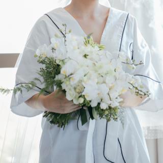 Buquê com flores brancas