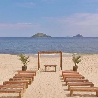 Cerimônia na Praia de Camboinhas