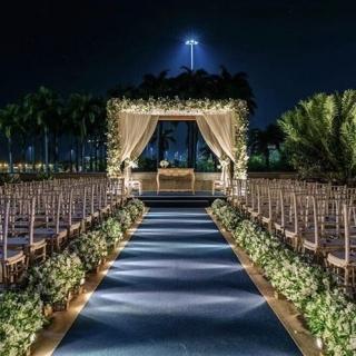 Decor cerimônia noturna ao ar livre