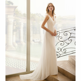 Vestido de noiva por Rosa Clara para Dama Noiva