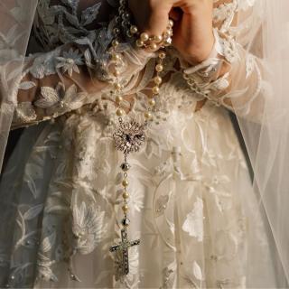 Terço de noiva por Alessandra Cazzaro