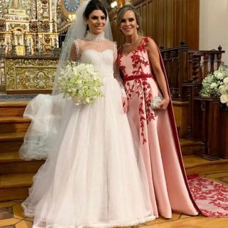 Vestidos da mãe e da noiva por Denise Leal